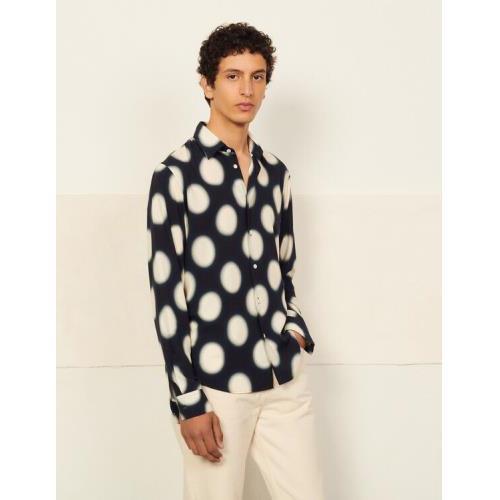 산드로 옴므 폴카 도트 프린트 셔츠 - 네이비 (정국 착용) Sandro Printed viscose shirt SHPCM00496